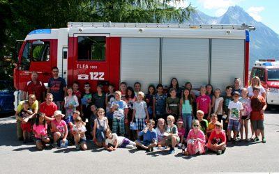 Besuch der Volksschule Pettneu