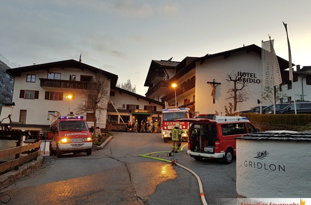 Gemeinschaftsübung der Feuerwehren Pettneu u. Schnann