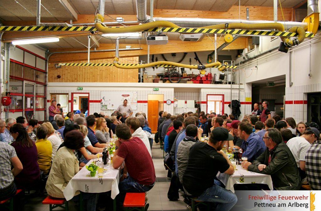 Kameradschaftsabend und Helfer-Fest der Feuerwehr Pettneu